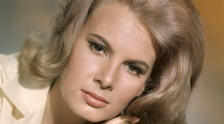 Former Bond girl Molly Peters dead at75