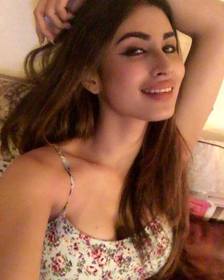 mouni roy, mouni roy hot pics, mouni roy pictures, mouni roy latest pictures, mouni roy sexy pics, mouni roy actress, mouni roy news, mouni roy new pictures
