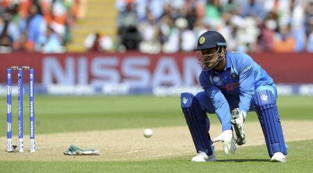 India vs Bangladesh, ICC Champions Trophy 2017: Virat Kohli expresses unhappiness after MS Dhoni concedes five runs, watch video