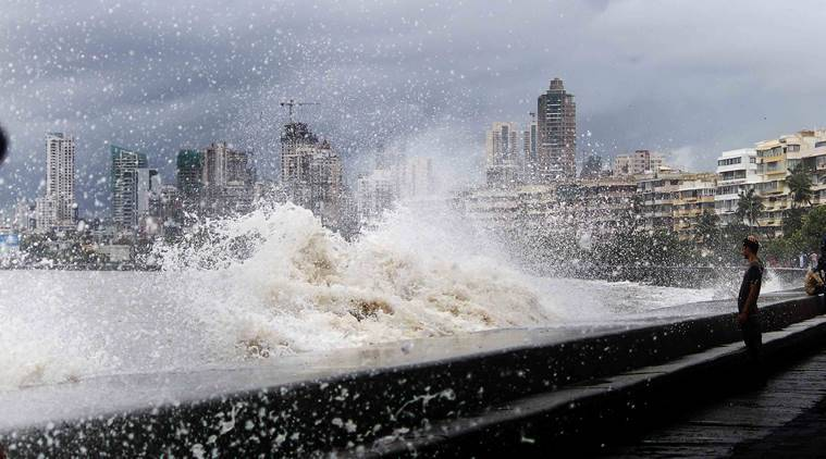 Mumbai rains, Marine Drive, Mumbai tide, Monsoon