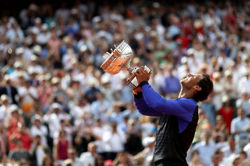 Ideal 10: Nadal routs Wawrinka for record 10th French Open