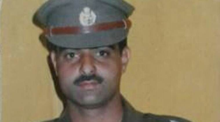 policeman mob lynching, kashmir dsp killed, ayub pandith, indian express