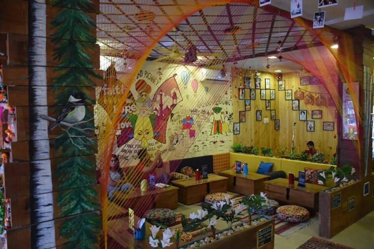 unique cafes, unique cafes in india, nukkad bhalai,
