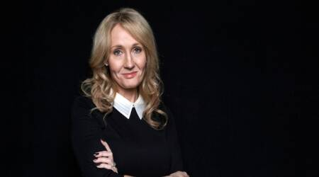 J.K. Rowling trolls Donald Trump with Abraham Lincoln quote