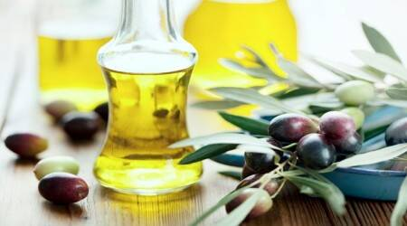 olive oil, olive oil benefits, olive oil to fight cancer, olive oil to prevent brain cancer, olive oil to combat brain cancer, how does olive oil prevent brain cancer, olive oil to stop brain cancer, how to prevent brain cancer, how to prevent cancers, indian express, indian express news