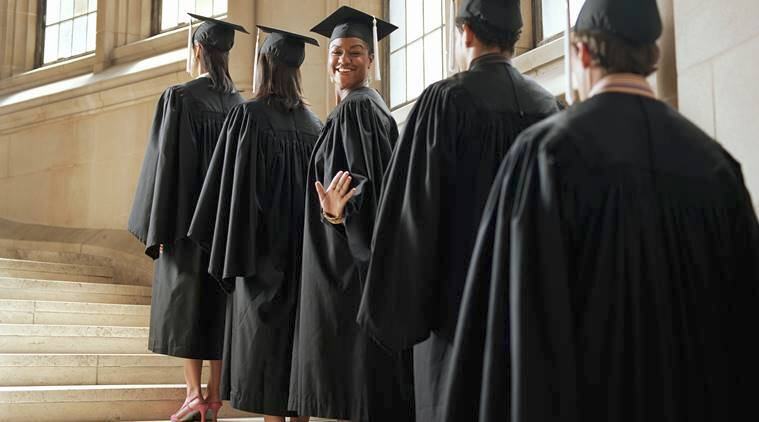 Oxford University students vote against ban of scholar gowns during ...