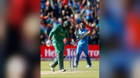 India vs Pakistan: Watch Pakistani fans brutally trolling their players after defeat in ICC Champions Trophy