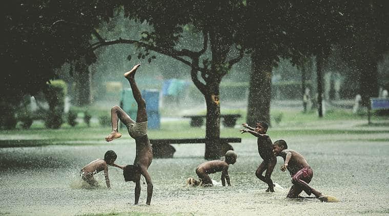 delhi, delhi temperature, delhi weather, delhi rains, delhi showers, delhi climate, delhi news