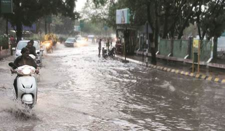 Heavy rain continue in Saurashtra, man swept away in Jamnagar