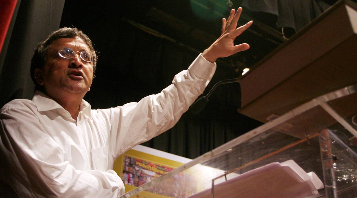 Amid threats, Ramachandra Guha removes beef tweet, says 'was in poor taste'