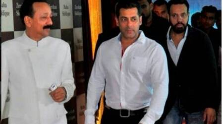 Salman Khan's candid moments with nephew Ahil, Shah Rukh Khan's quiet appearance and more from Baba Siddique's Iftar party