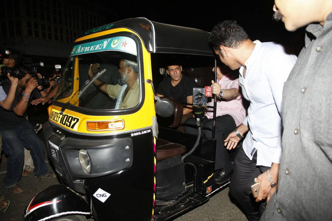 Salman Khan, Salman Khan auto ride, Salman, Salman Khan latest photos, Salman Khan auto fare