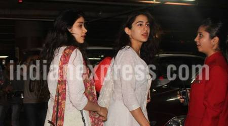 Sara Ali Khan, Jhanvi Kapoor are twinning in their desi look. Are they new best friends of Bollywood?