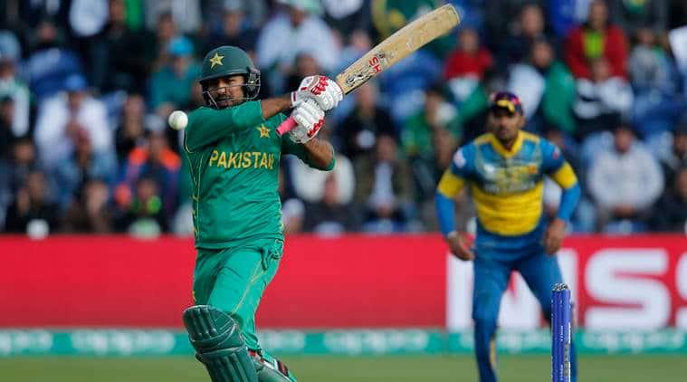 Pakistan beat Sri Lanka by three wickets to seal semis spot