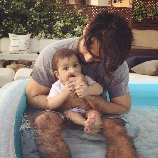 Misha learns how to clap, daddy Shahid Kapoor shares an adorable video!