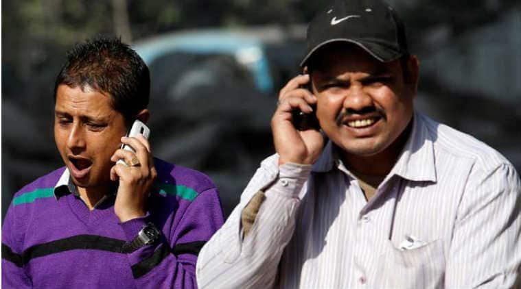Smartphones, smartphones users India, mobile subscription India, mobile subscribers India, Internet