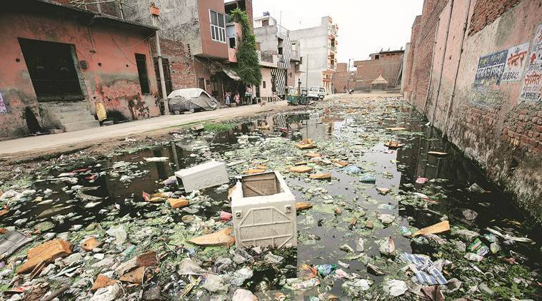 Dengue, Dengue watch, East Delhi, Sonia Vihar, delhi Sonia Vihar, mosquito, mosquitoes breeding ground, zika, chikungunya, latest news, latest news, indian express