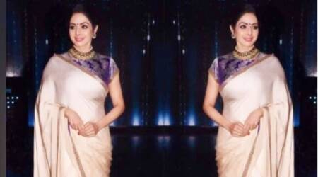 Sridevi in this Manish Malhotra sari looks nothing short of an Indian goddess
