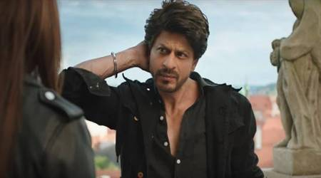 Jab Harry Met Sejal: Shah Rukh Khan received 7000 letters apart from nearly 400 Sejals gathering to meet him at Mannat