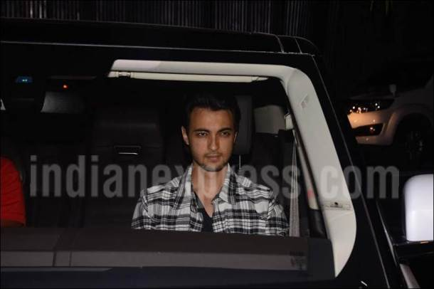 ayush sharma, ayush sharma image, alvira house party image