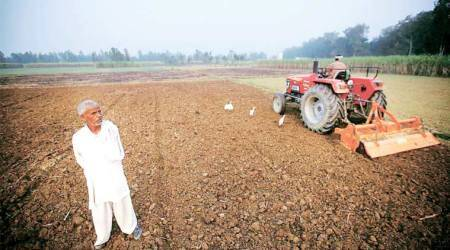 Maharashtra farmers who regularly repay loans want more benefits