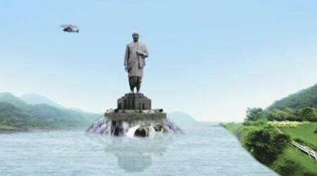 Statue of Unity in progress – core of knees in position
