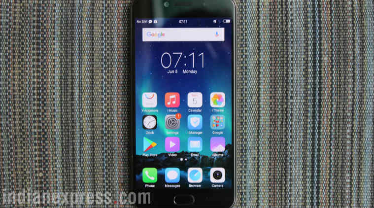 Vivo, Vivo V5s, Vivo V5s review, Vivo V5s selfie phone, Vivo V5s price in India