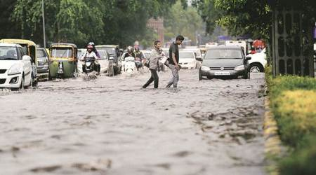 Delhi: PWD blames solid waste and labour crunch for waterlogging