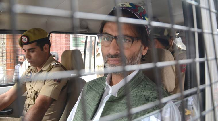 JKLF chief Yasin Malik 'assaulted', arrested on way to protest march