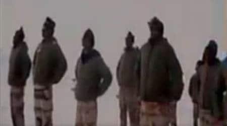 CAPF troops undertake yoga at borders, Naxal-hitareas