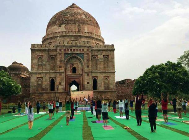 International Yoga Day 2017: People doing yoga at these exotic locales will blow you away