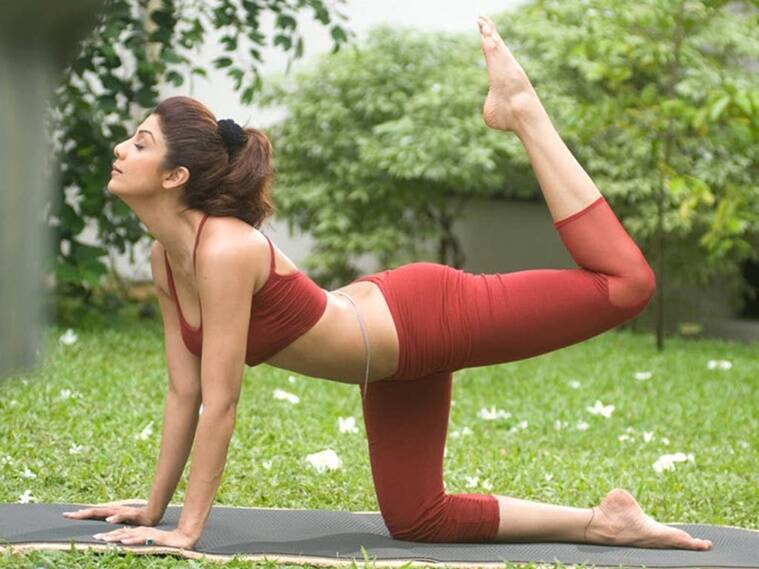 Malaika's yoga in new fashion wear