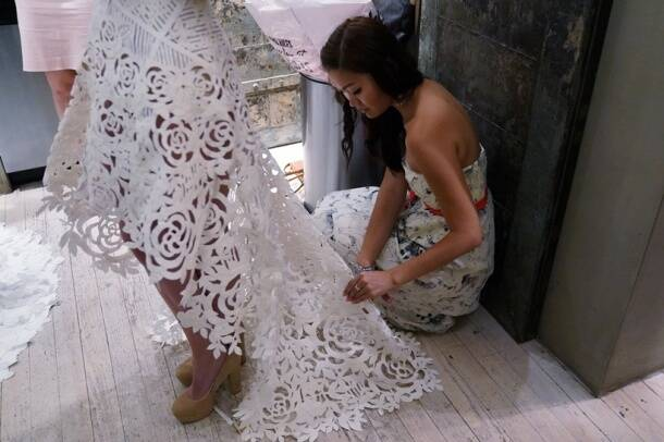 Photos these stunning toilet paper wedding dresses for Toilet paper wedding dress 2017