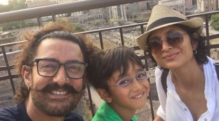 Aamir Khan's family selfie is a perfect end to his vacation. See photos