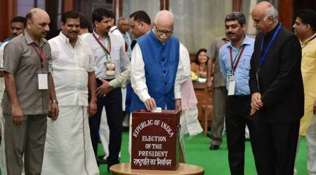 As they voted for Kovind and Meira Kumar, Tweeple were busy captioning this Advanipic