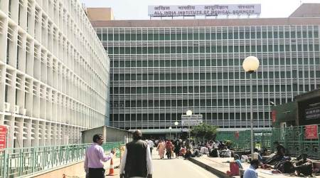 Cash incentives to AIIMS stenos who type in Hindi