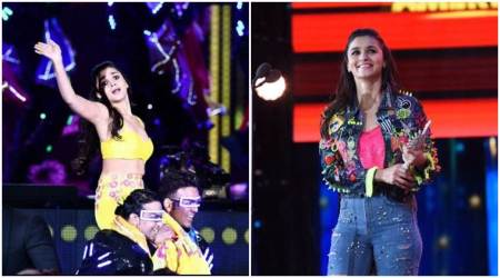IIFA 2017 performance: Alia Bhatt mesmerises audiences by singing and dancing to popular tracks. See photos, videos