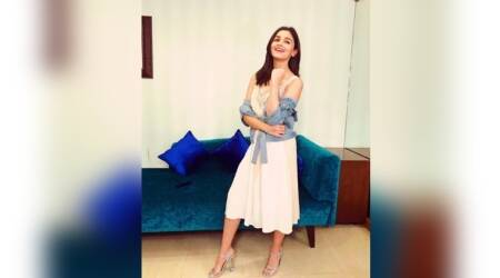 Alia Bhatt keeps it lacey and simple under denims for Jitesh Pillai's birthday bash