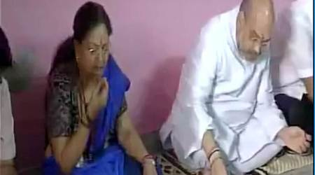 Amit Shah, Vasundhara Raje have lunch with Dalit family in Rajasthan