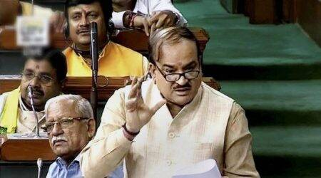 Ananth Kumar attacks Sonia Gandhi for Congress protests in Lok Sabha