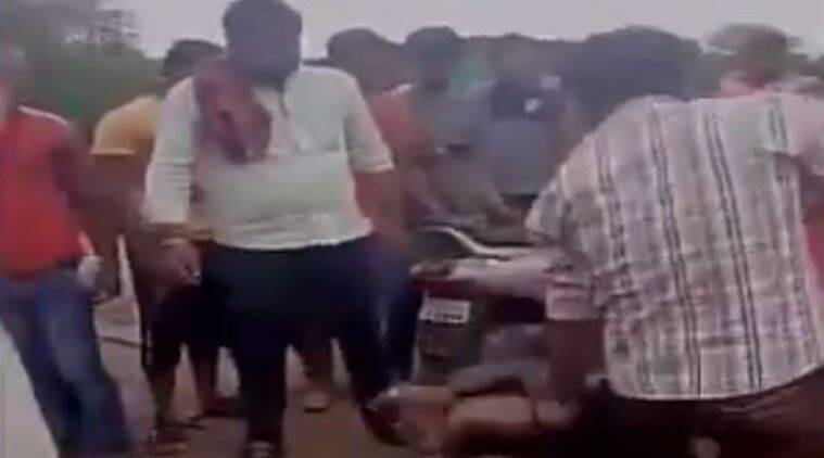 Right-wing terrorists thrash Muslim man on suspicion of carrying beef