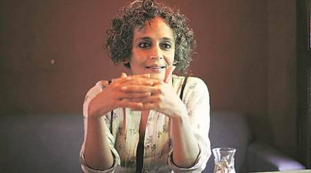Supreme Court stays contempt of court proceedings against Arundhati Roy