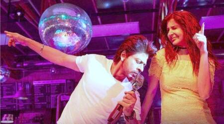 Jab Harry Met Sejal song Beech Beech Mein is not a party anthem, Shah Rukh Khan and Anushka Sharma could've done better