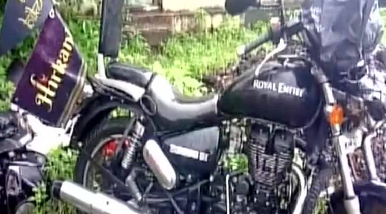 Maharashtra biker death, Bandra woman biker death, womanbiker, Maharashtra, PWD, Congress, Jagruti Viraj Hogale, Maharashtra police,