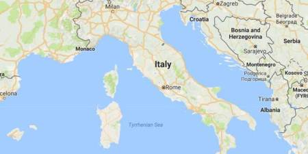 """Italy may issue temporary visas for migrants, in """"tug of war"""" withEU"""