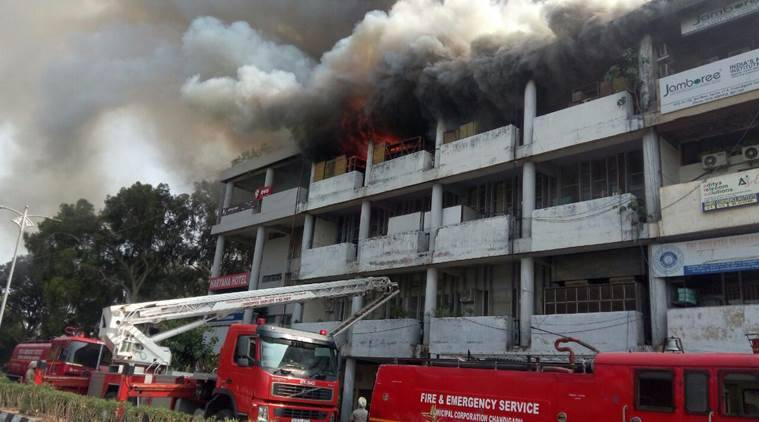 Chandigarh, chandigarh fire. Punjab Financial Corporation building, Punjab Financial Corporation fire, sector 17-B fire,