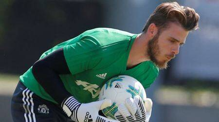 Jose Mourinho assures that David De Gea is staying at Manchester United