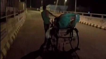Body carried on rickshaw: District admin holds Government Railway Policeresponsible