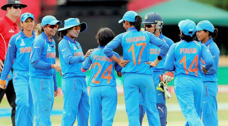 Harmanpreet Kaur muscles India to final