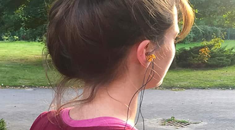 New earplugs, EarFS, earplugs with smile recognition, EarFieldSensing, new technology, latest technology
